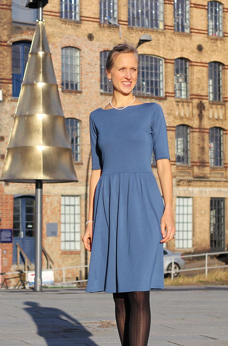 Erfreut Weihnachtskleid Ideen Für Büroparty Fotos - Brautkleider ...